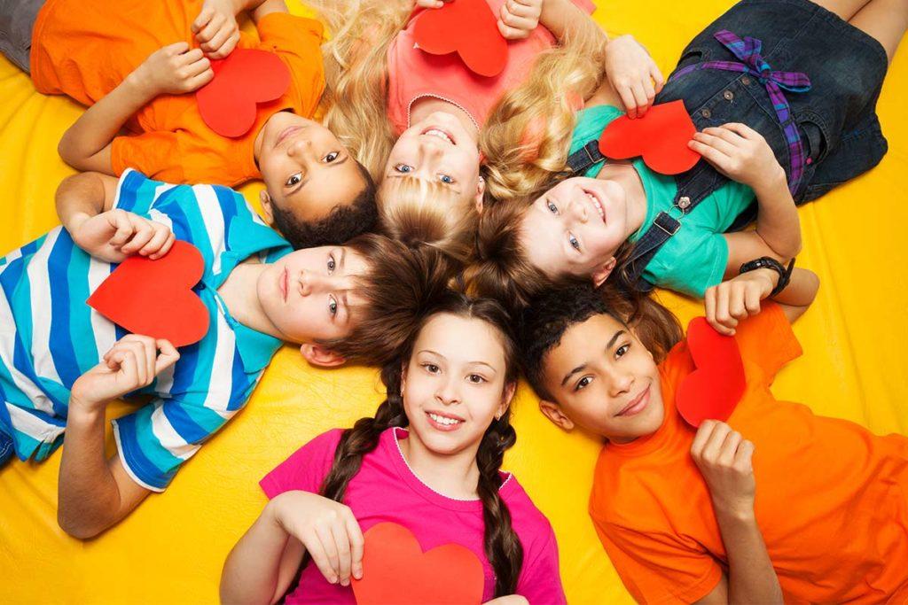 Herzkranke-Kinder-Muenster-Junge-Herzen-gruppe
