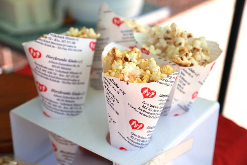 herzkranke-kinder-muenster-sommerfest-popcorn