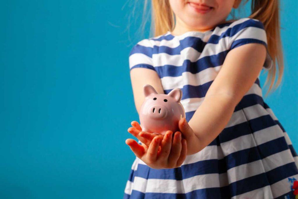 herzkranke-kinder-muenster-spenden-kind-sparschwein